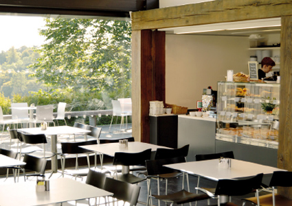 rosslyn-access-cafe-from-shop-land